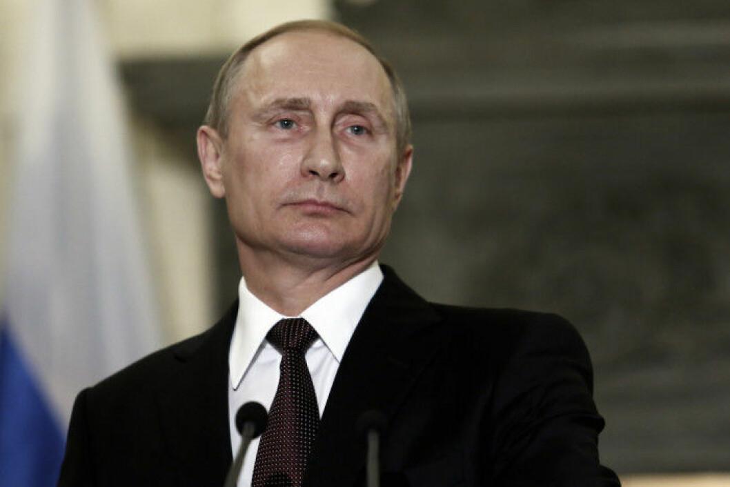 Rysslands president Vladimir Putin stöttar det nya lagförslaget om sänkt straff för våld i hemmet.