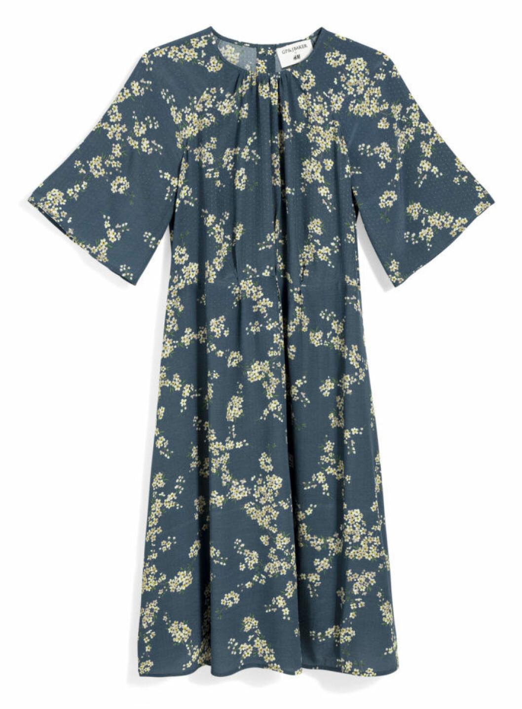 H&M GP & J Baker petrolmönstrad klänning