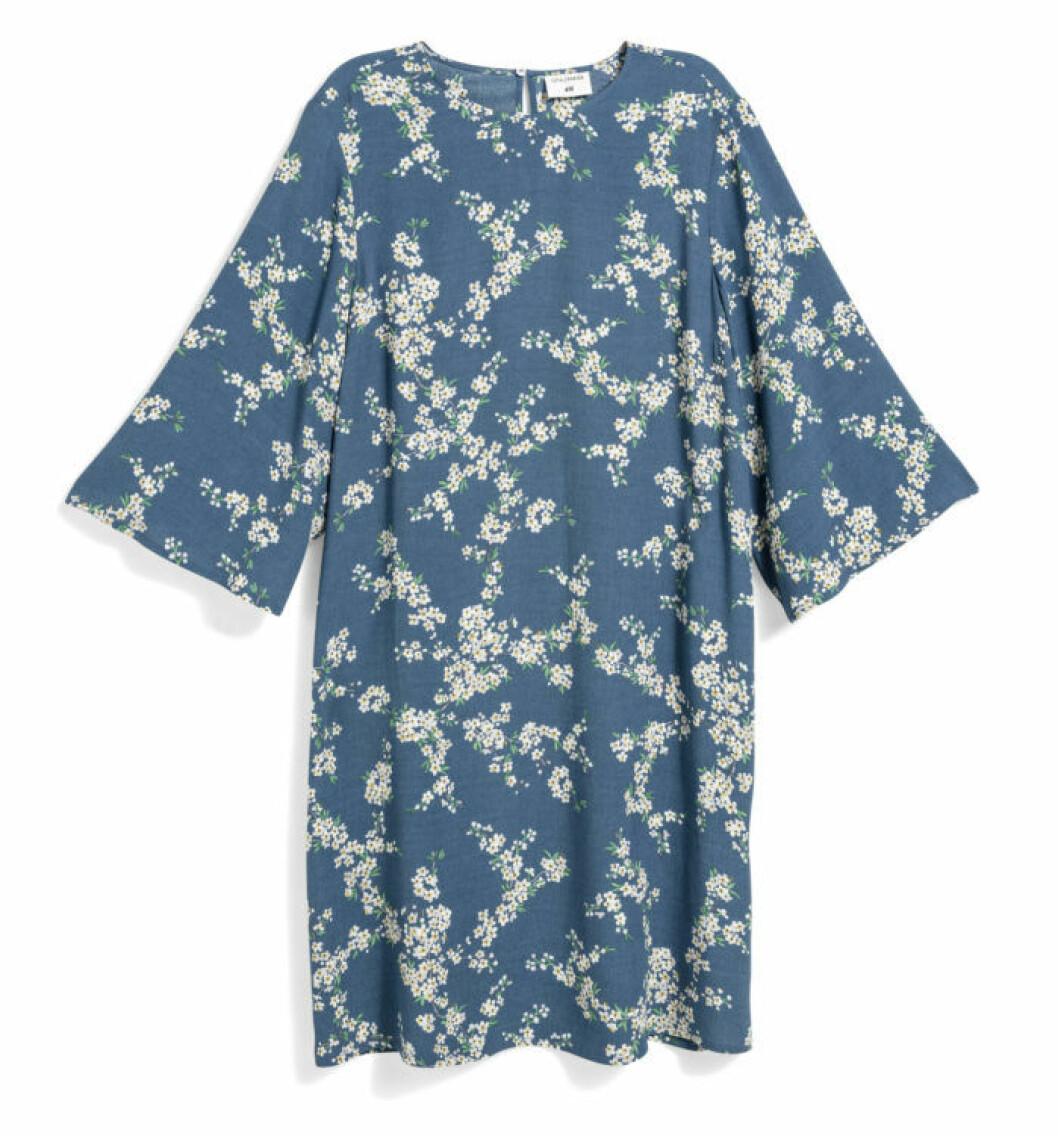 H&M GP & J Baker blå mönstrad klänning