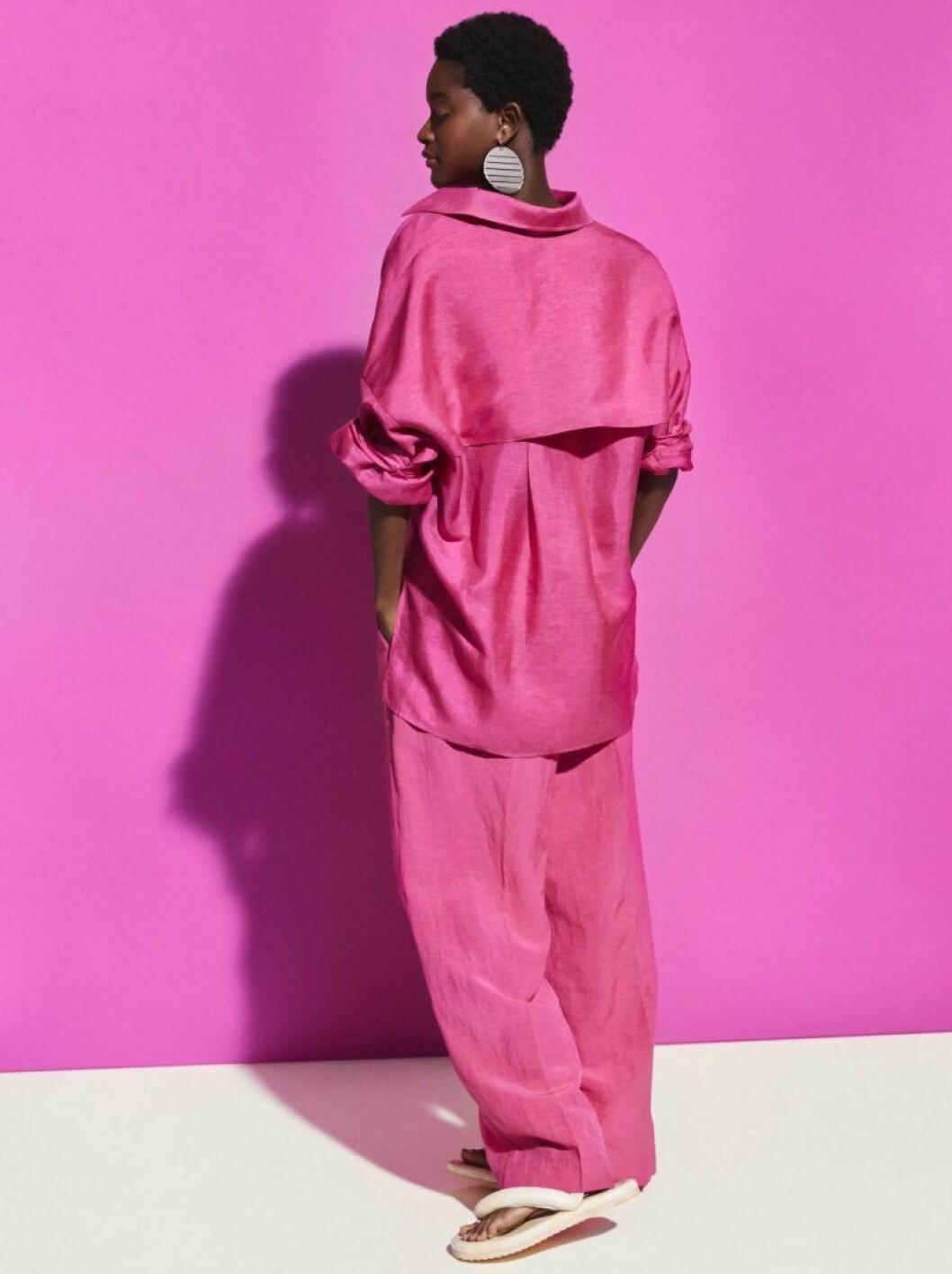 Rosa set från H&M Studio SS20