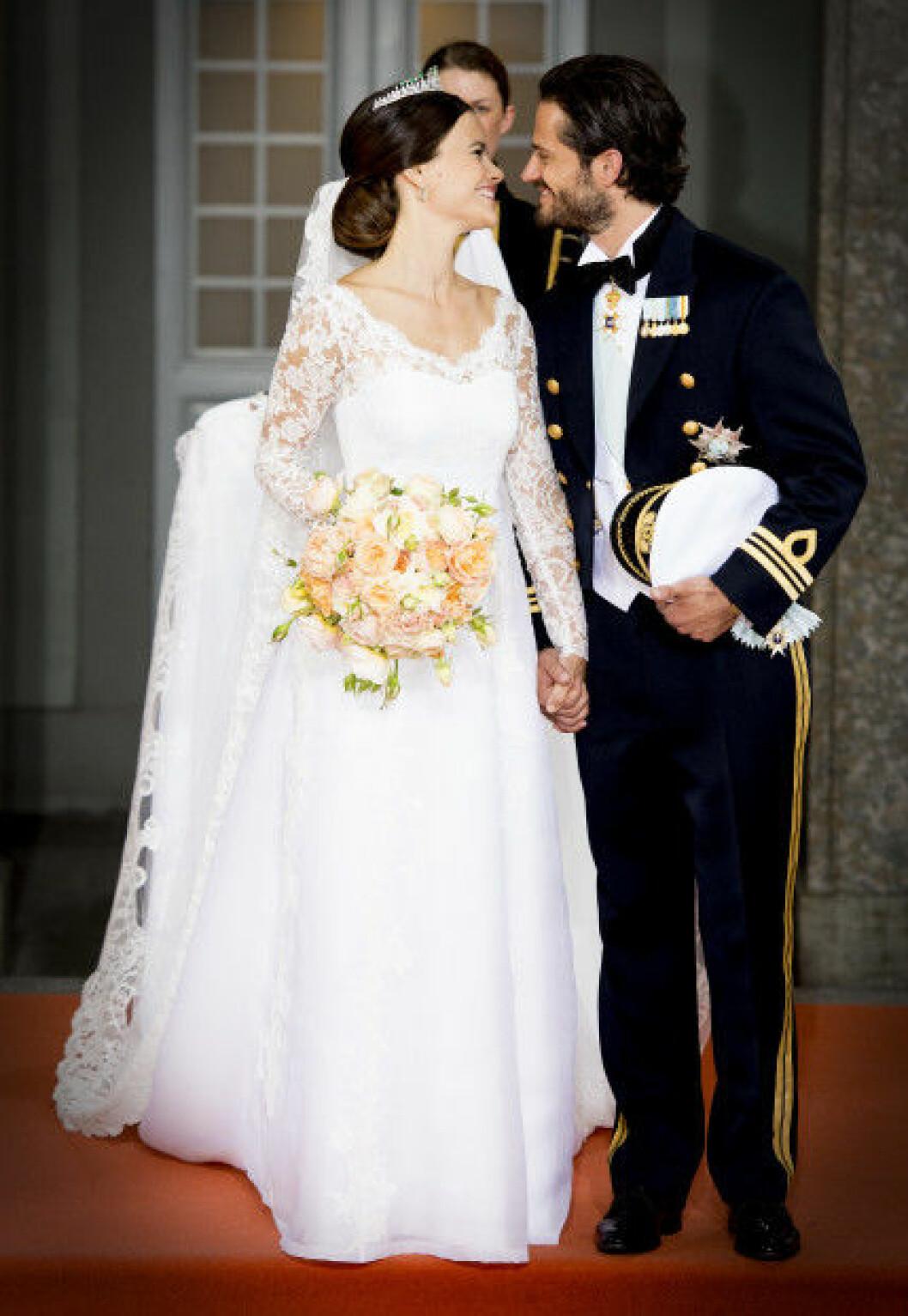 sofia hellqvist bröllopsklänning