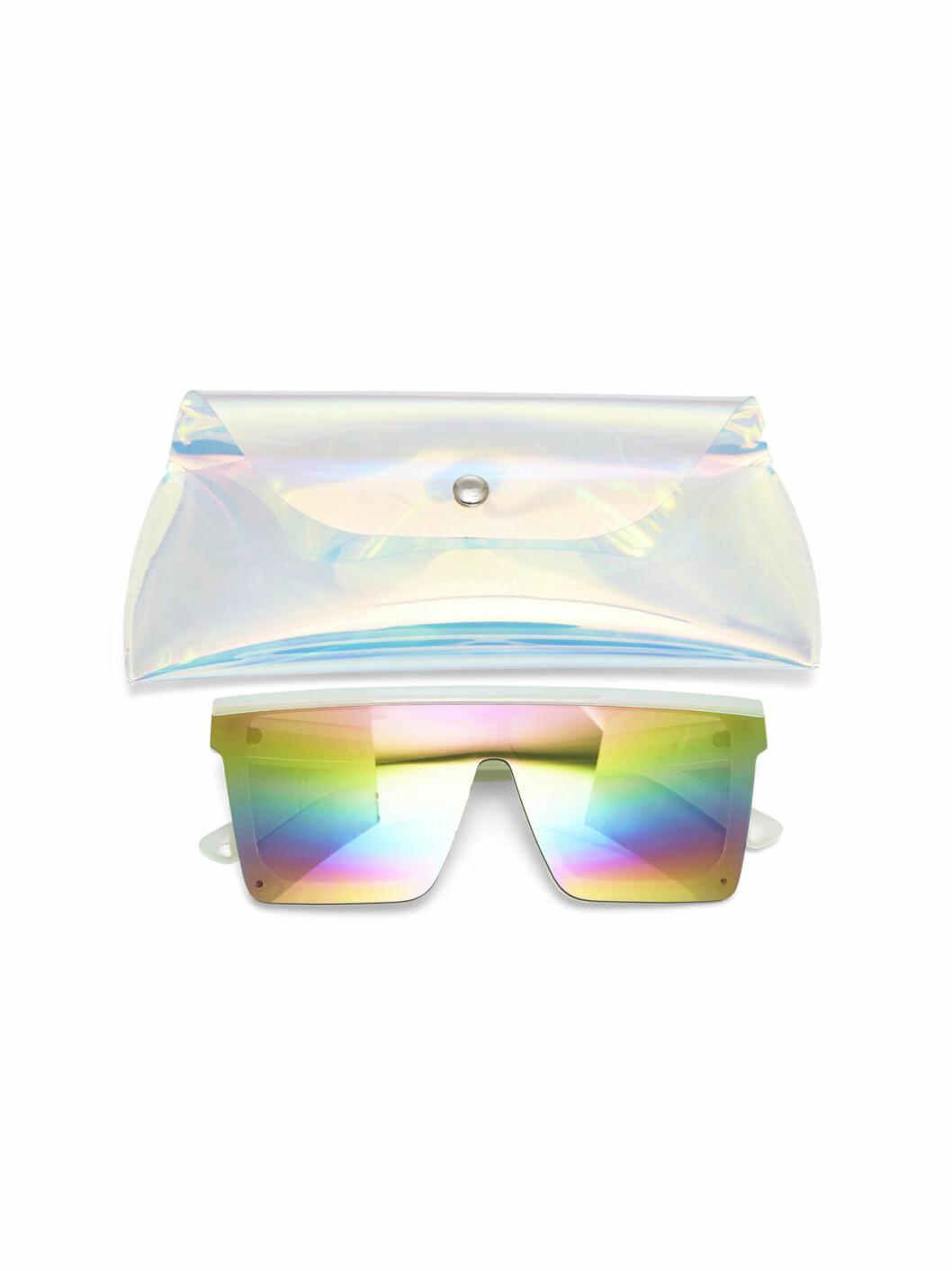 Skidglasögon i färg från BIK bOK