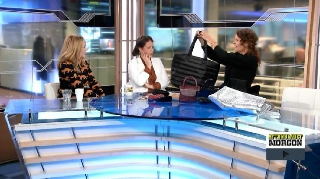 Emma Blomberg pratar höstens trenddetaljer i Aftonbladet TV