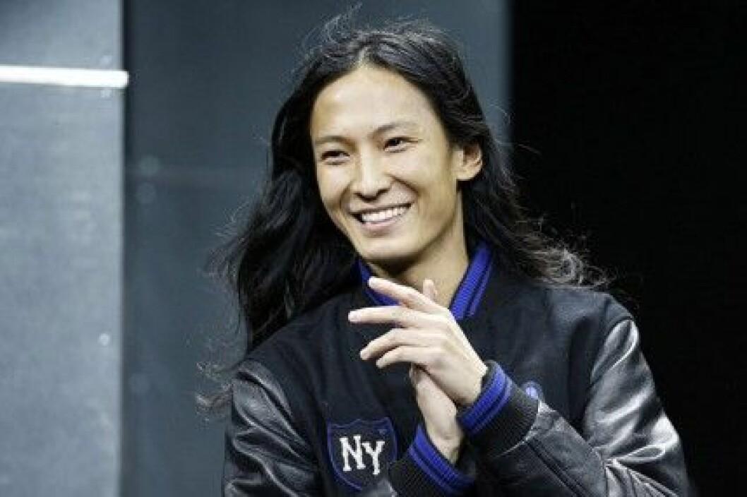 Alexander Wang x H&M lanseras den 6 november 2014.