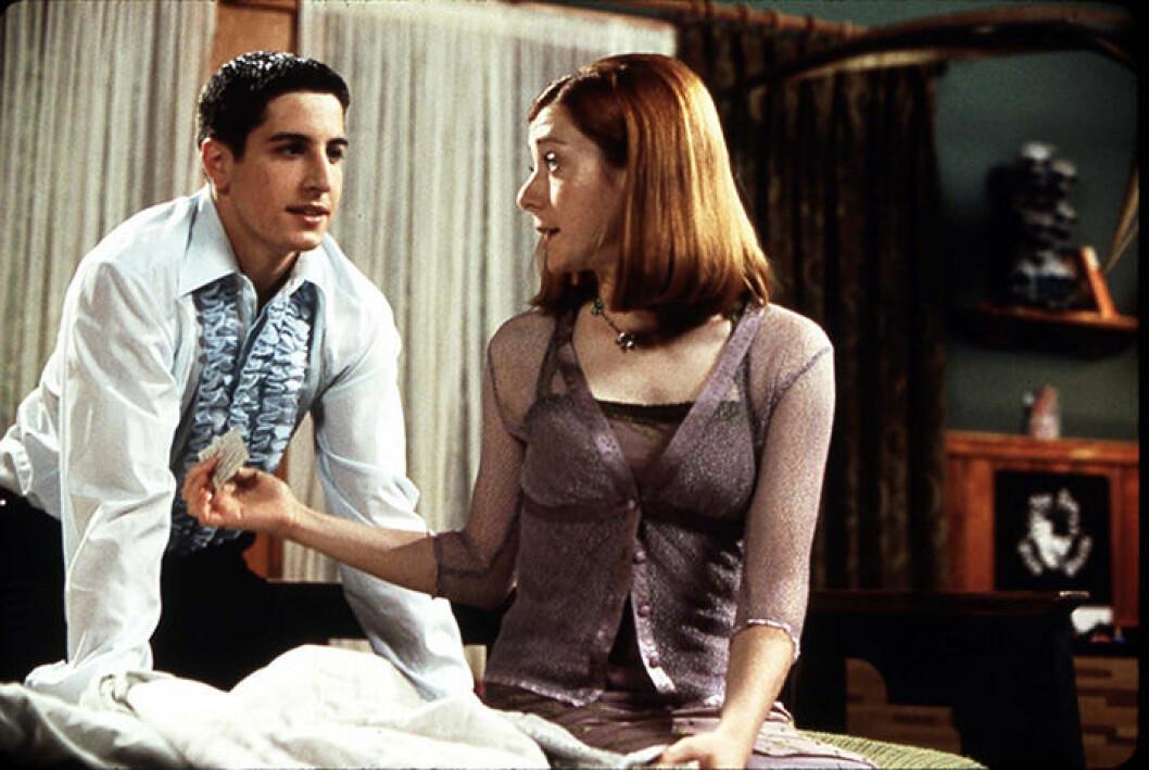 En bild på Jason Biggs och Alyson Hannigan i American Pie från 1999.
