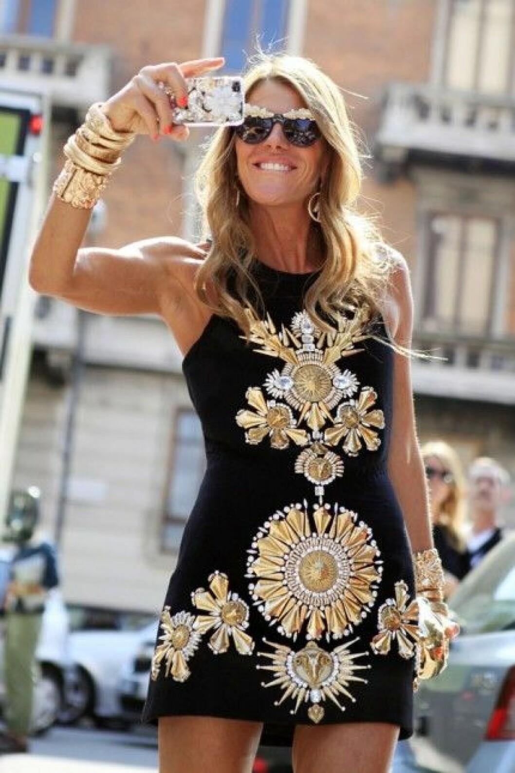 Gör som Anna Dello Russo och våga bära designerblåsan till vardags!