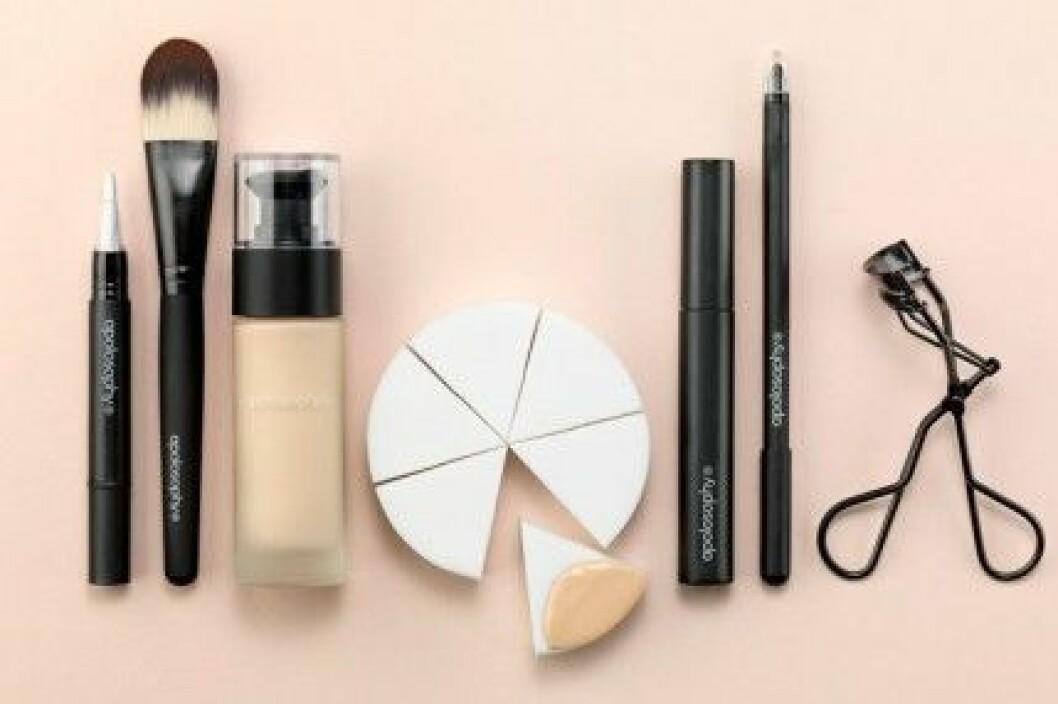 Concealer, foundation, mascara, kajal tillbehör från Apolosophy.