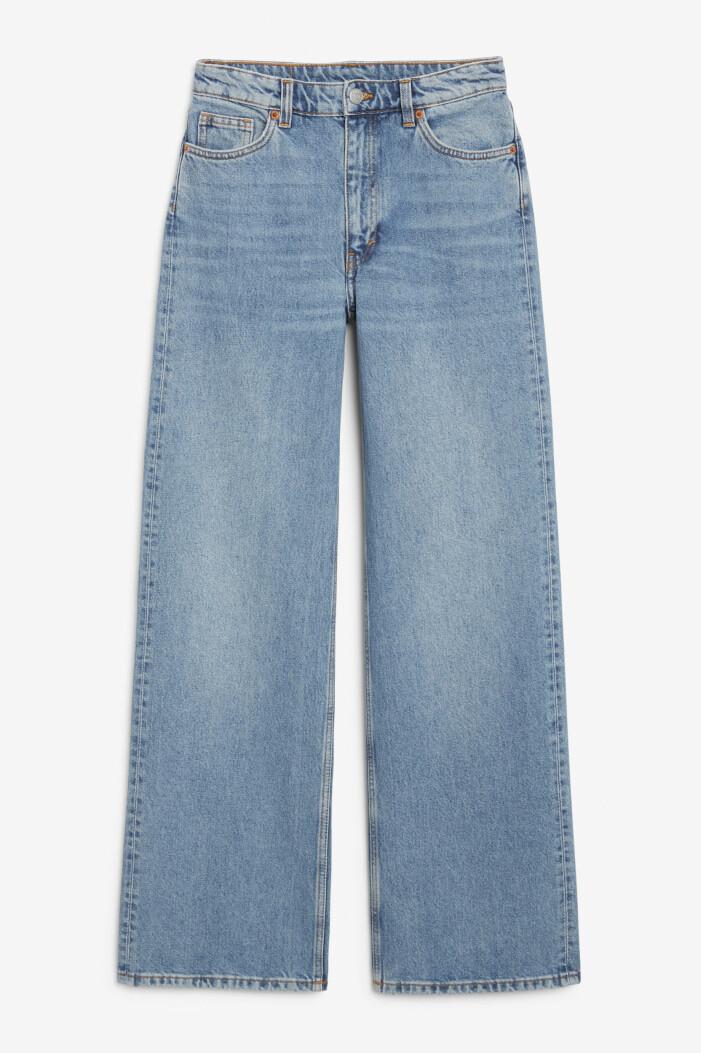 vida jeans i loose-modell från monki
