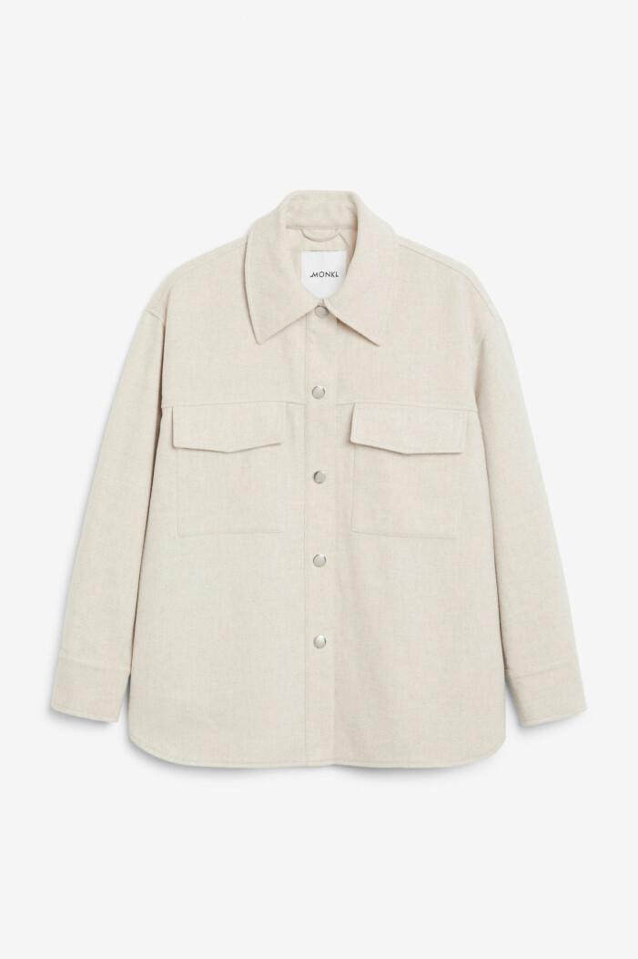 beige skjortjacka från monki