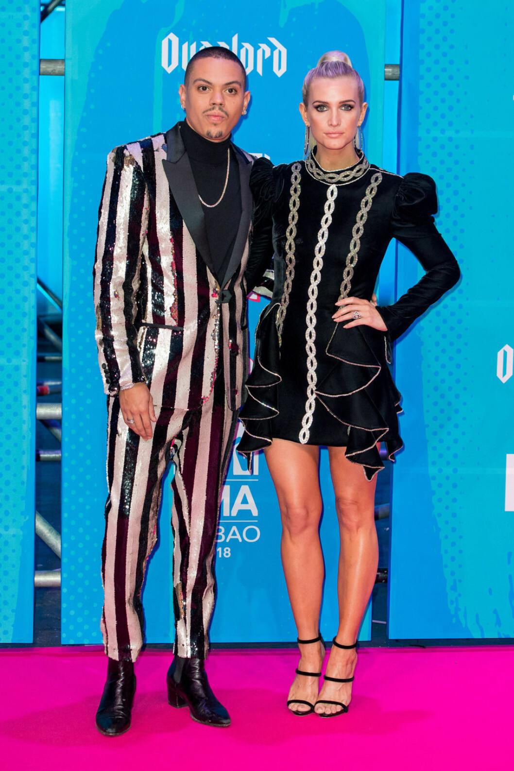 Ashlee Simpson med maken Eva Ross på MTV EMA 2018.