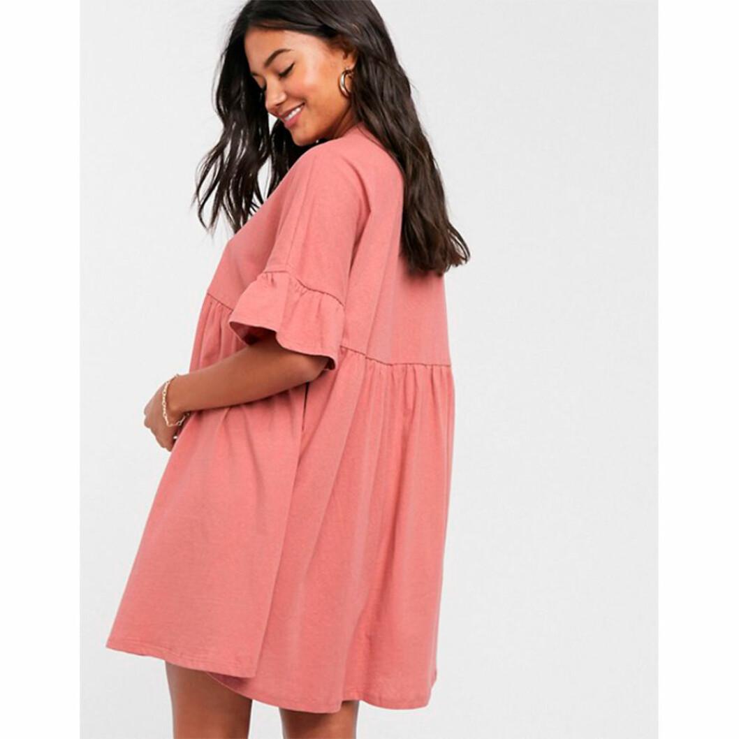 Flickig rosa gravidklänning