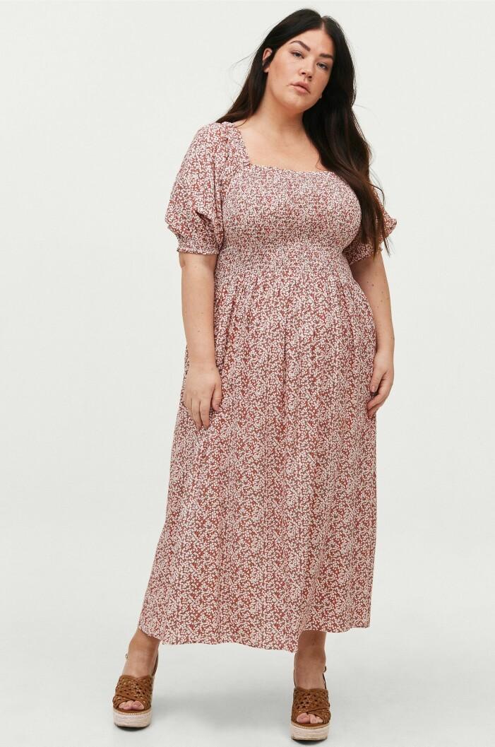 Cassandra Klatzkow rosa blommig klänning i plus size