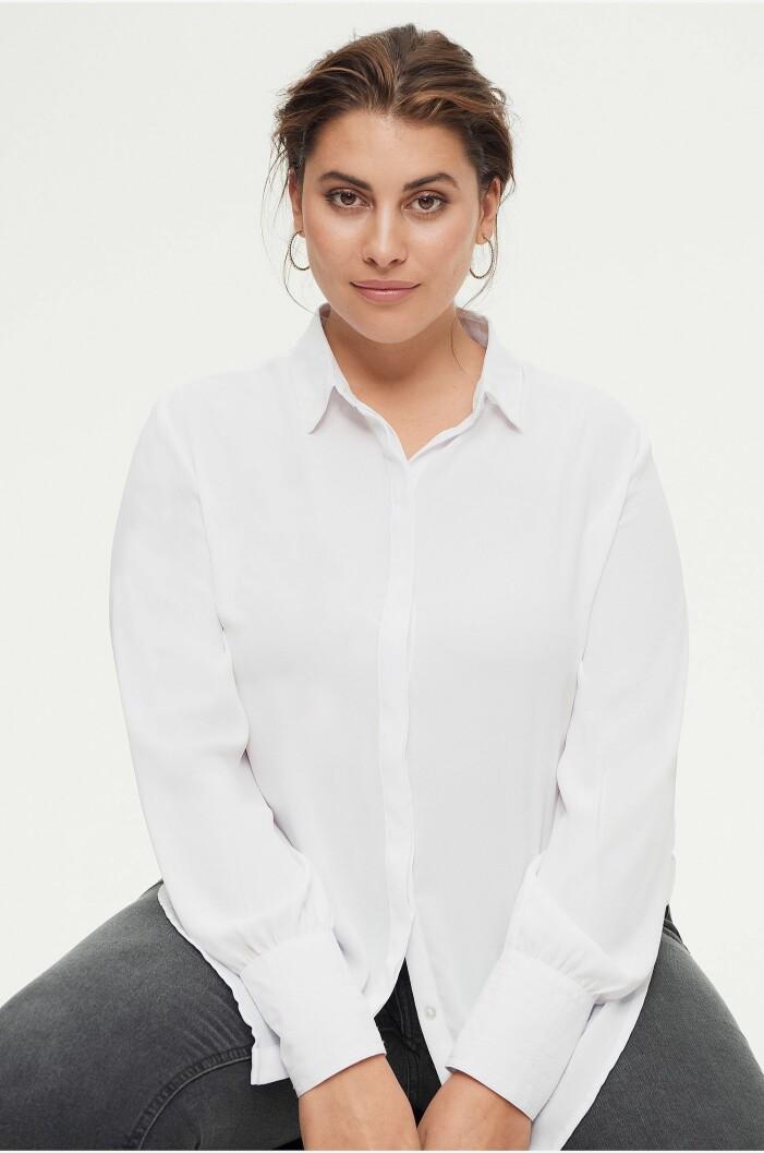 vit skjorta i plus size från ellos plus collection