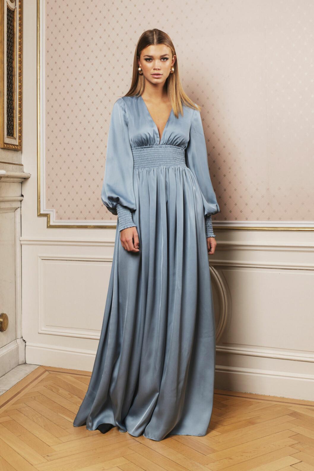 Blå balklänning till 2020
