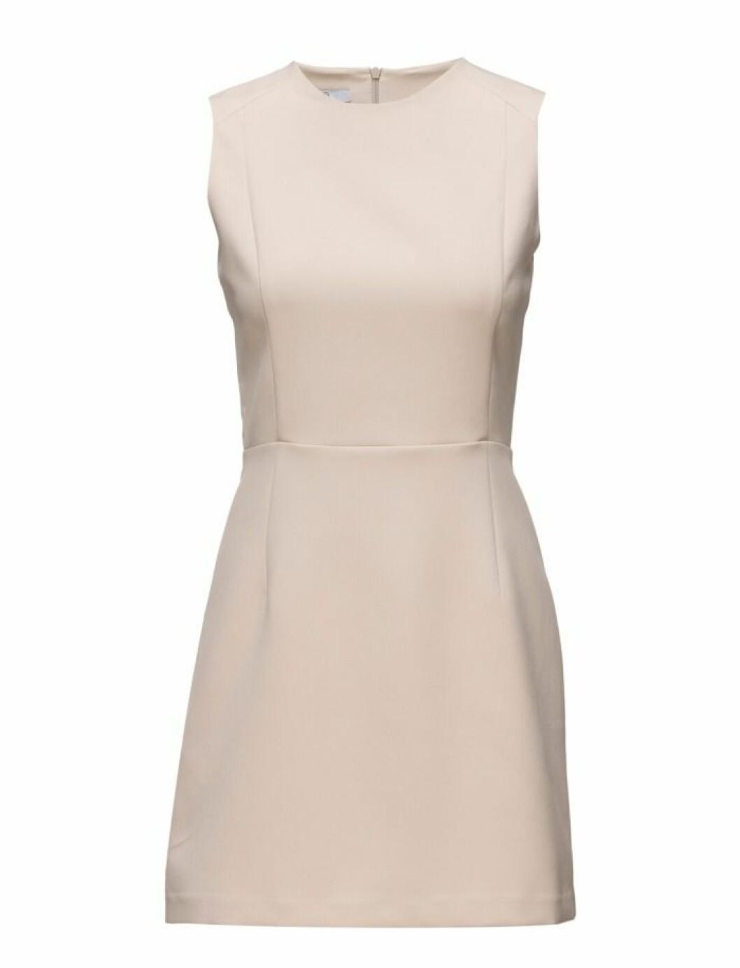 beige klänning