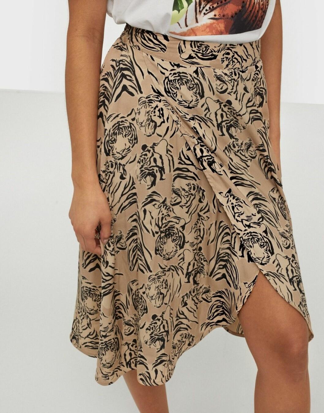Beige mönstrad kjol för dam till 2020