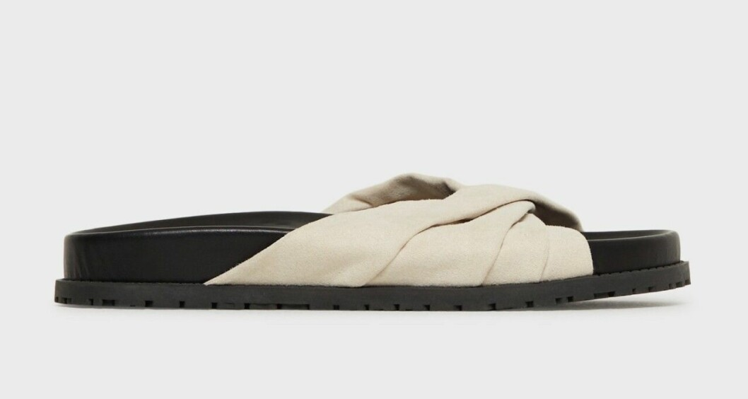 Sandaler med beige knytning för dam till 2020