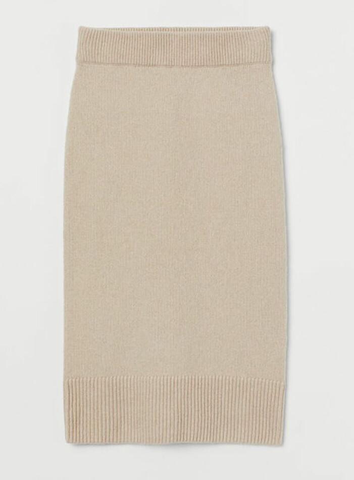Beige stickad kjol från H&M