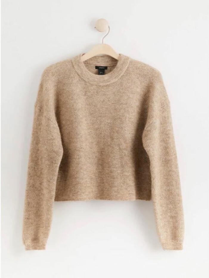 Beige stickad tröja med lång ärm från Lindex