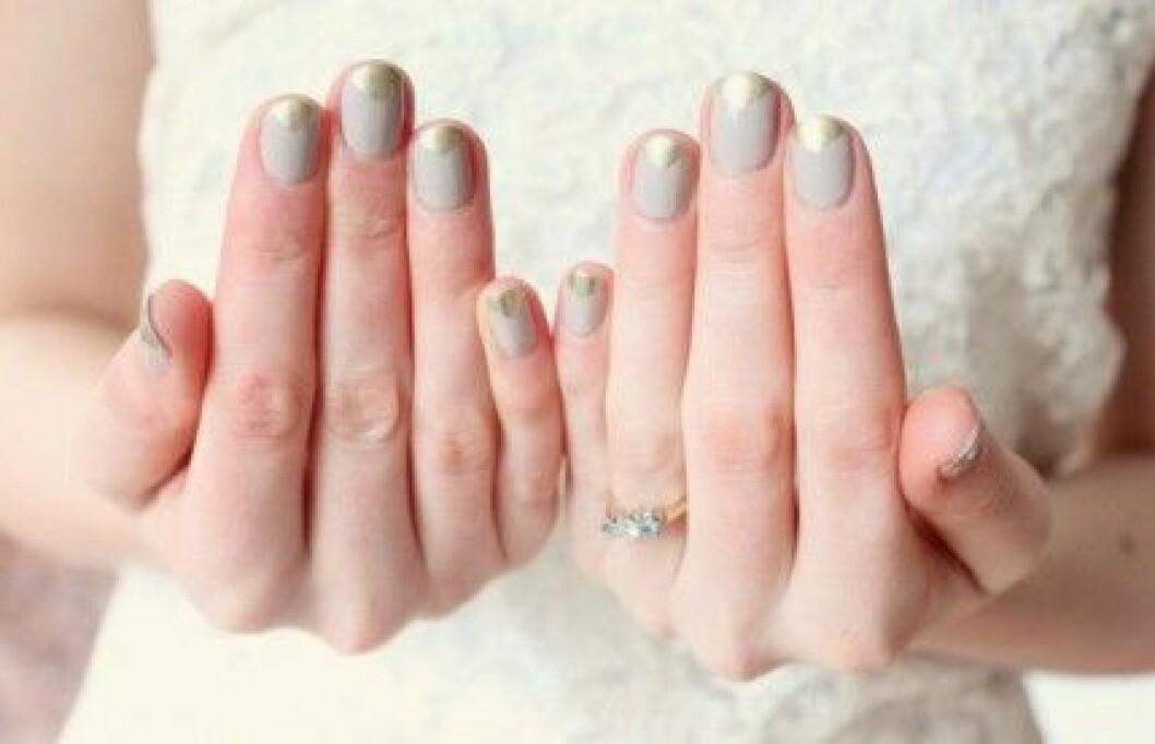 beige-wedding-nails