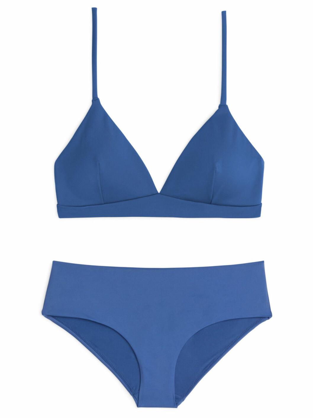 Blå bikini till solresan i vinter