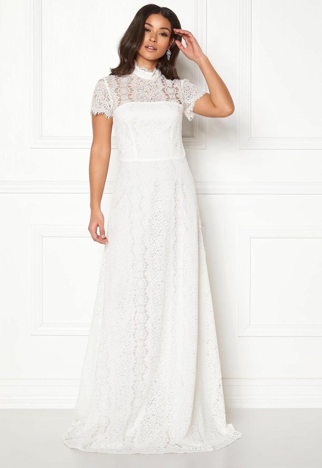 Billig vit brudklänning i spets till 2020