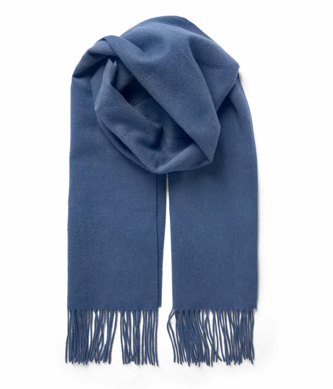 Blå halsduk till hösten