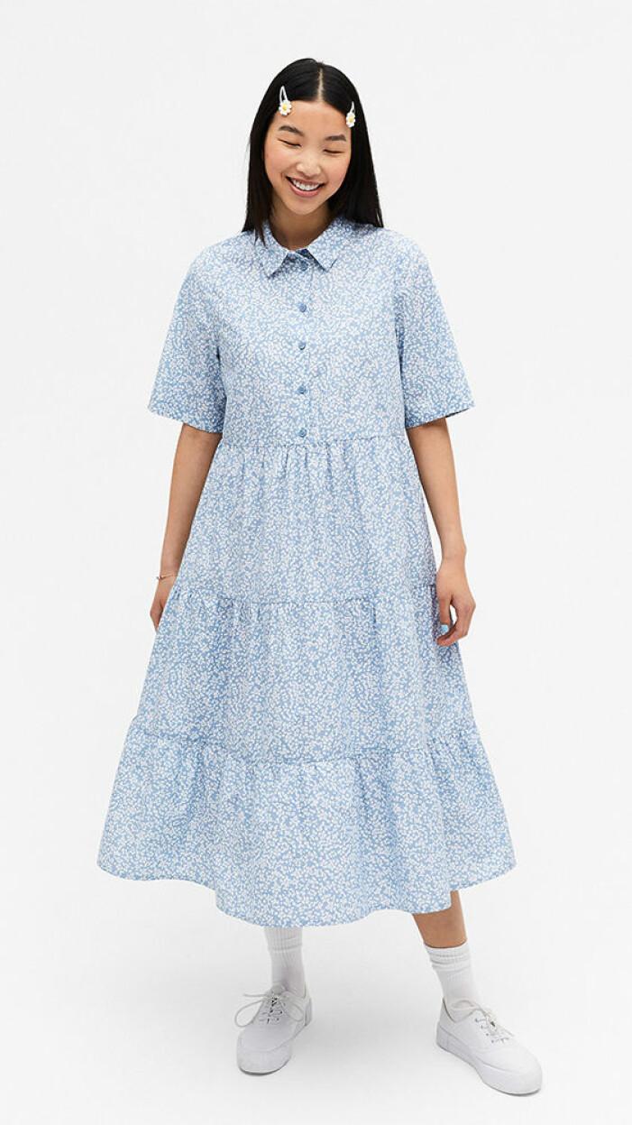 blå alinjeformad klänning