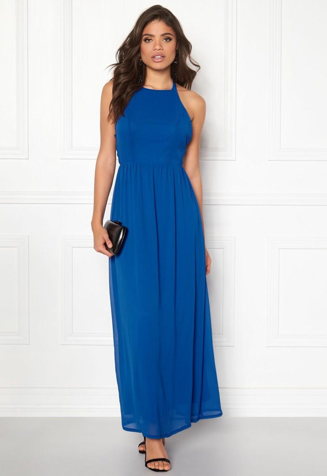 Blå långklänning för dam till bröllop