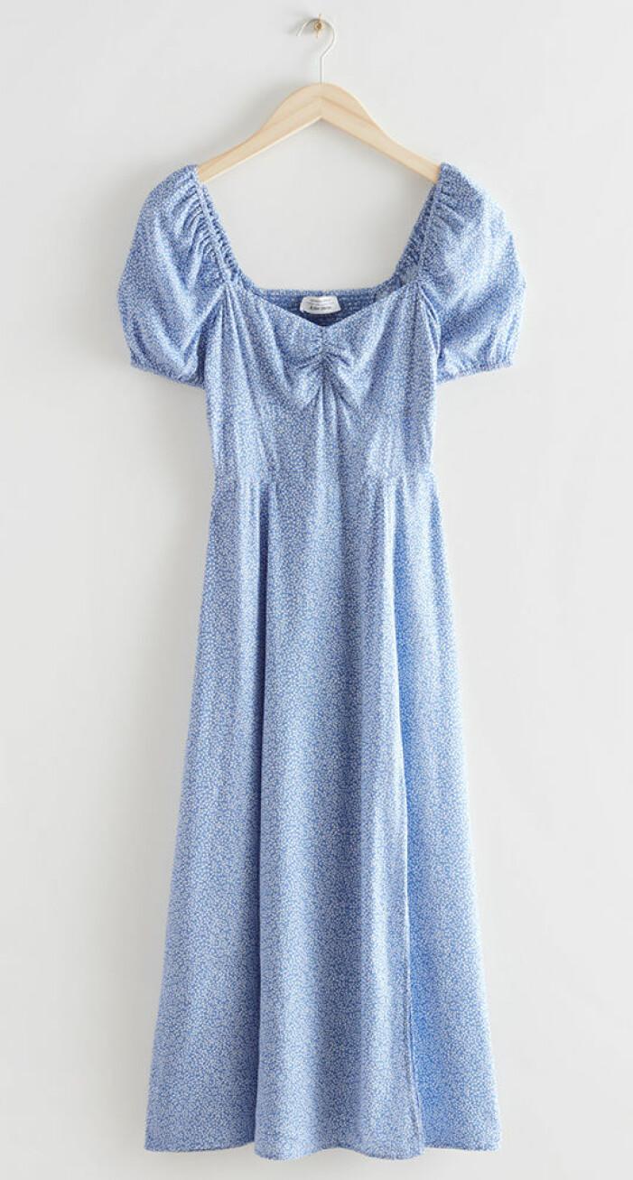 blå puffklänning från & Other Stories