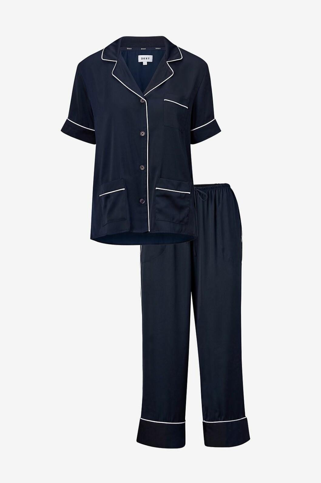 Mörkblå pyjamas till julen