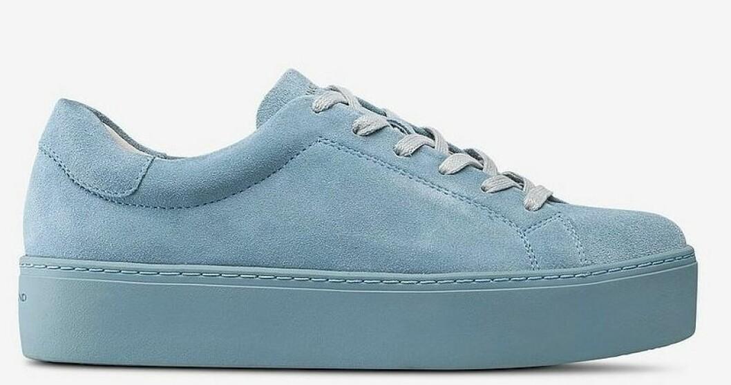Blå sneakers i mocka till dam från Vagabond till våren 2019