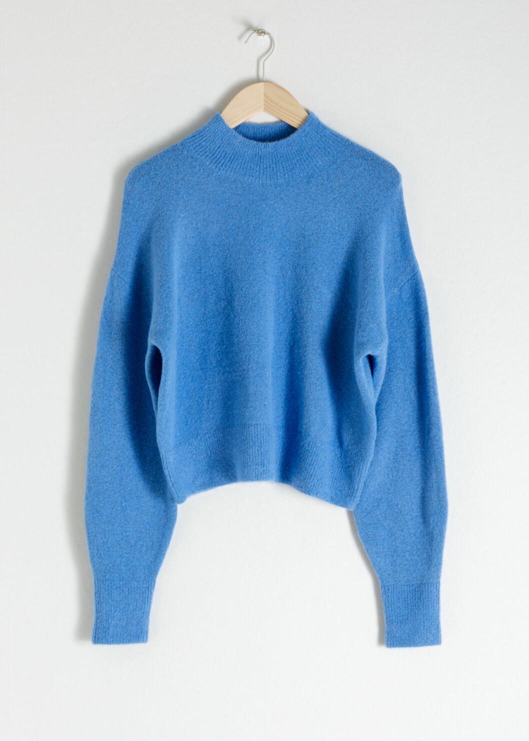 Blå stickad tröja för dam till hösten 2019