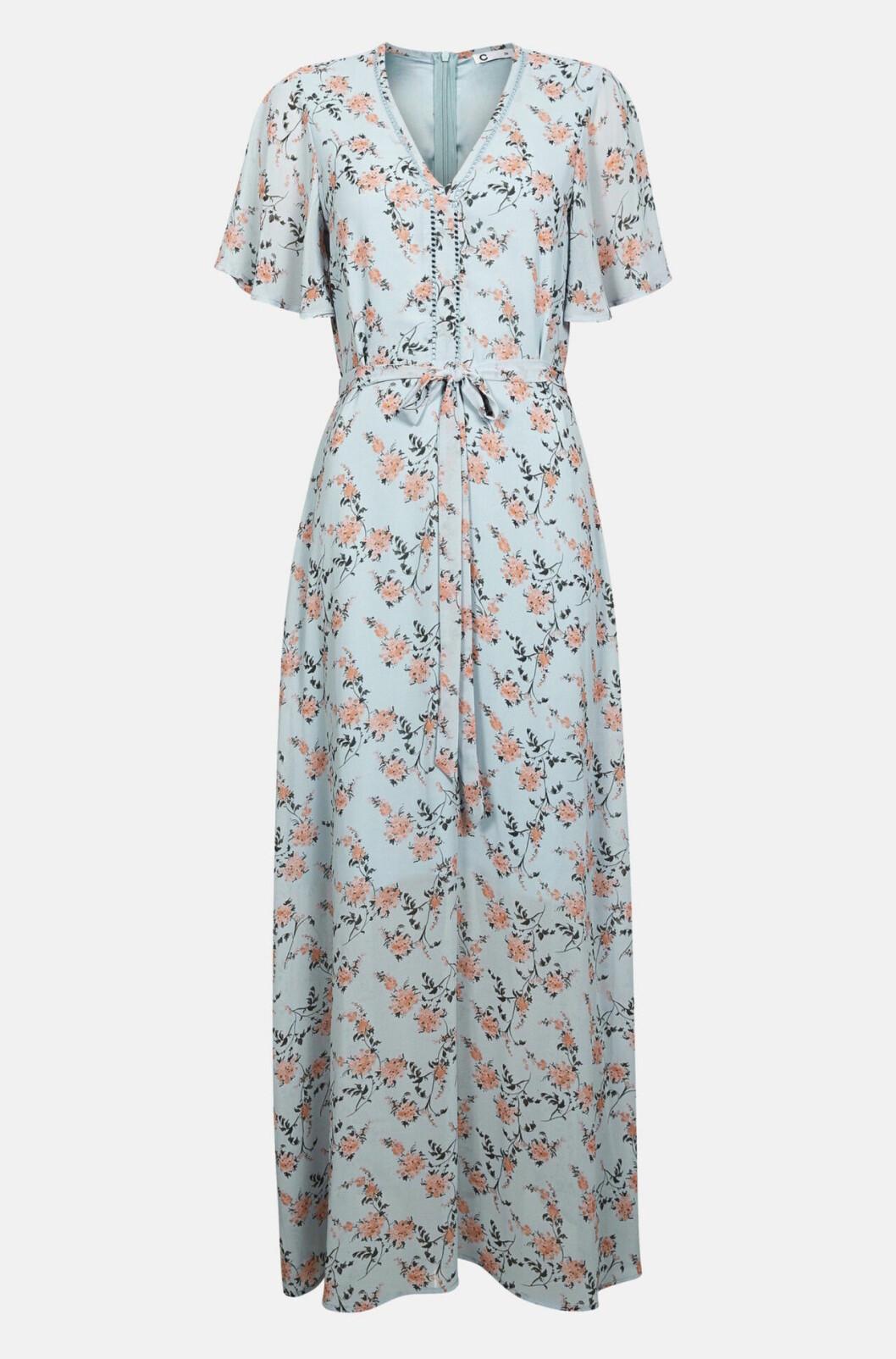 Blå klänning för dam till sommarens bröllop