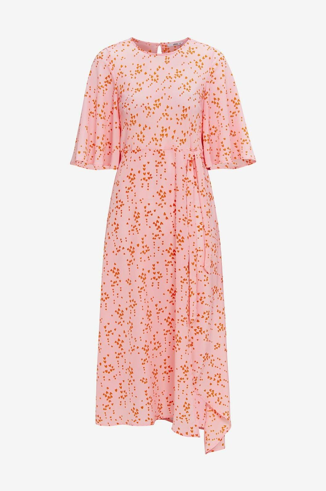 Rosa klänning till sommarens bröllop 2019