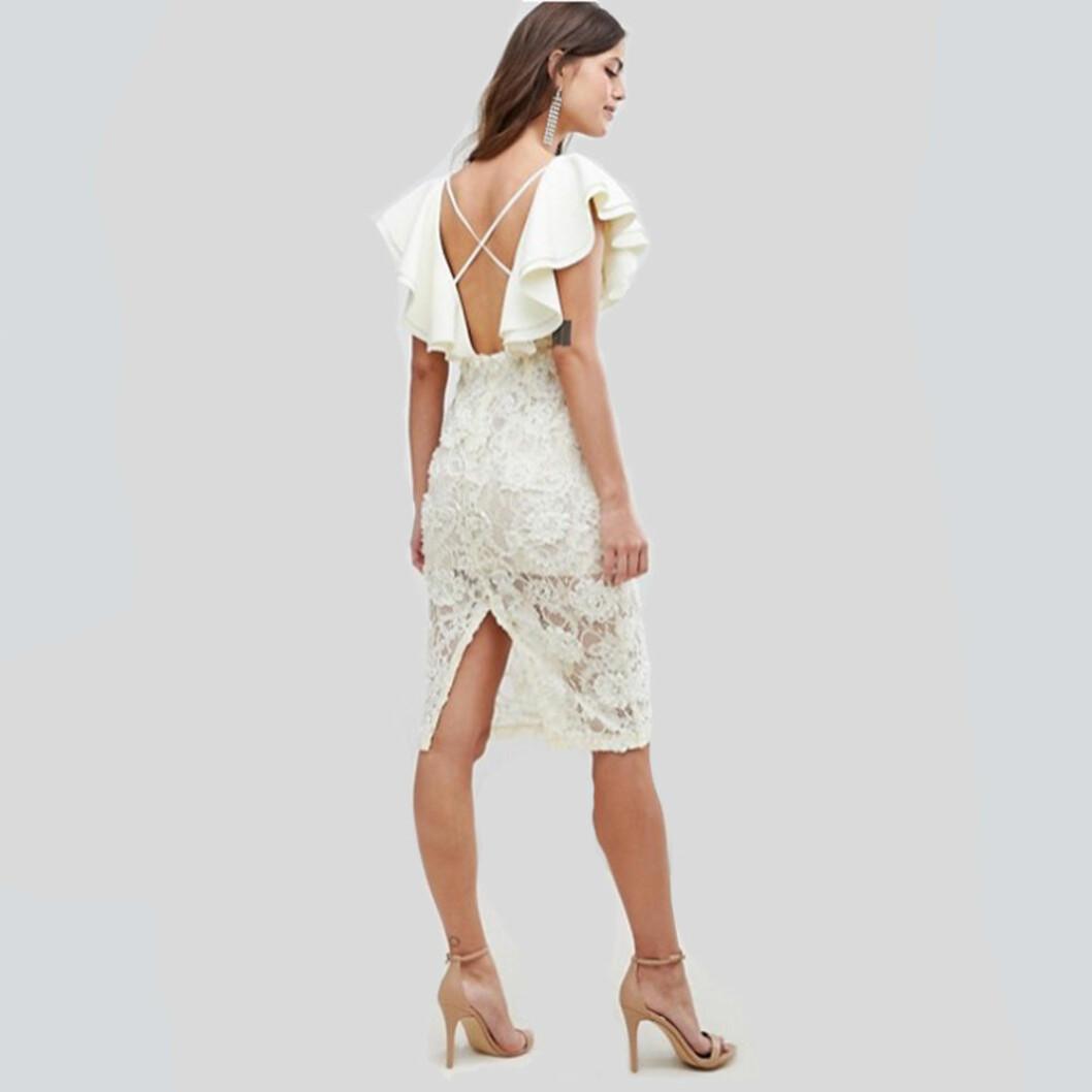 Asos design klänning i scubatyg med volang