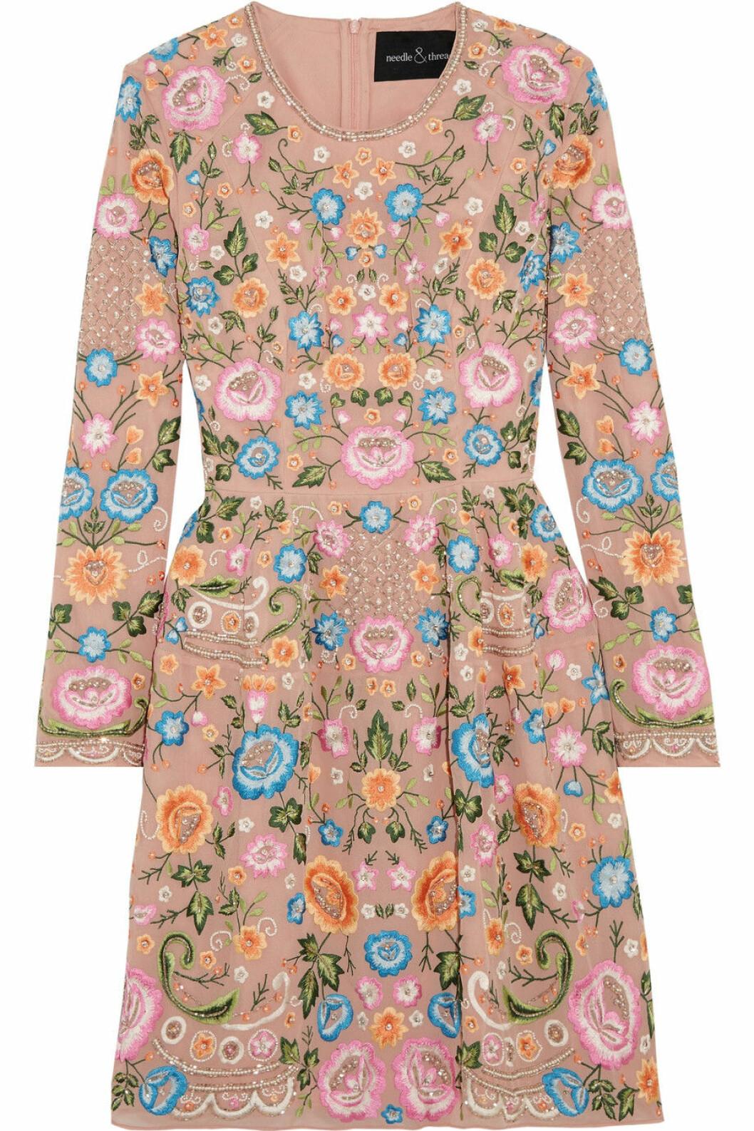 blommig klänning midsommar