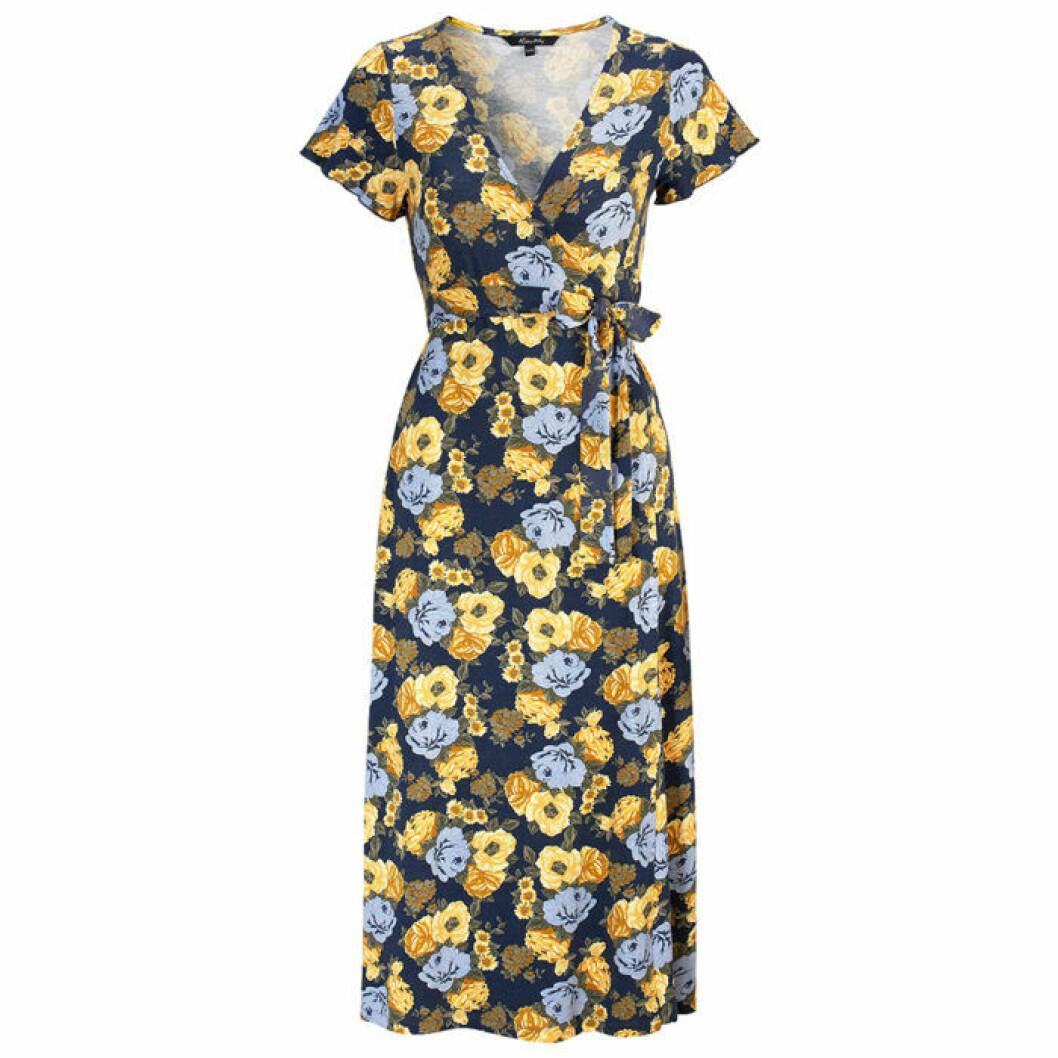 Blommig klänning från Happy Holly