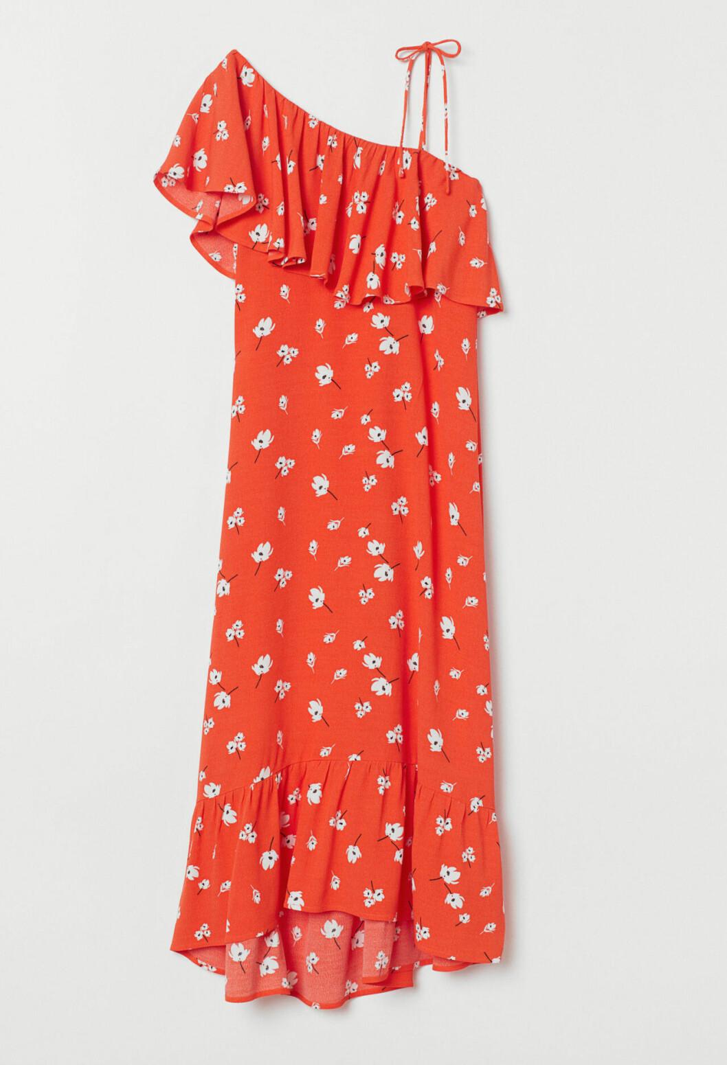 Blommig klänning med volanger för dam till 2019
