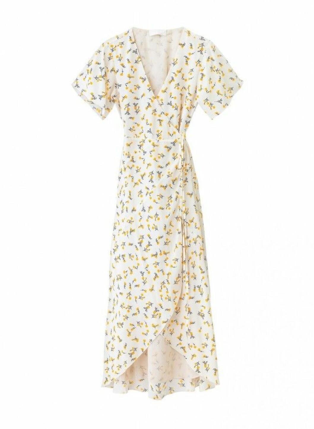 Blommig omlottklänning i midimodell för dam till 2020