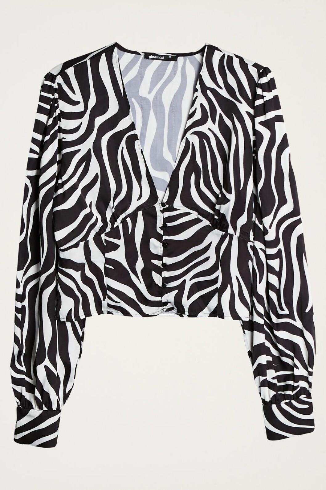 Blus med zebra-print från Gina tricot