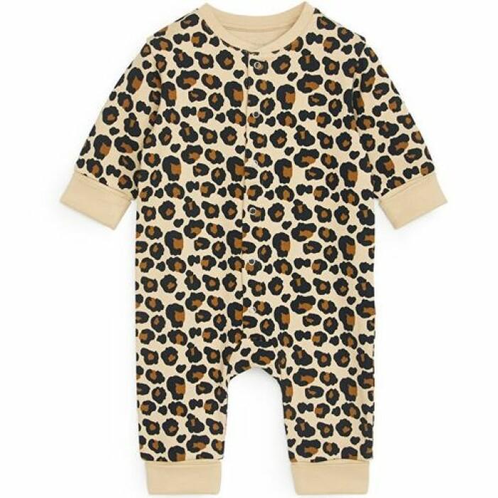 Body i leopardmönster från Arket.