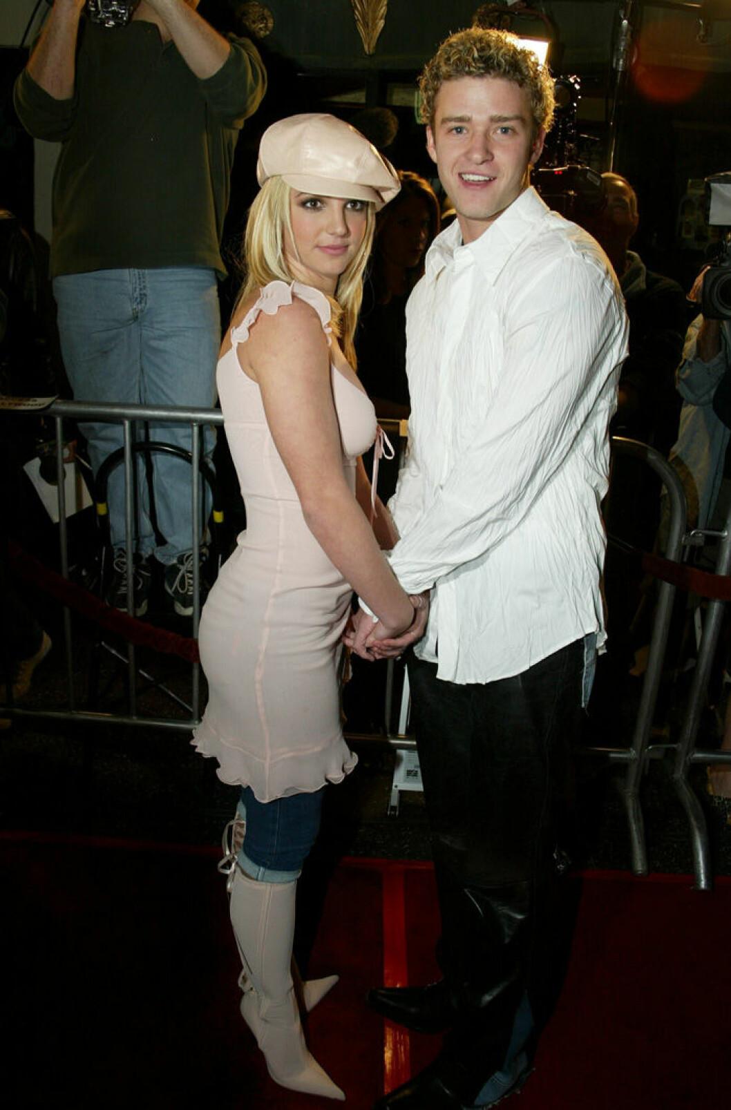 En bild på Britney Spears och Justin Timberlake, 2002, på premiären av filmen Crossroads.
