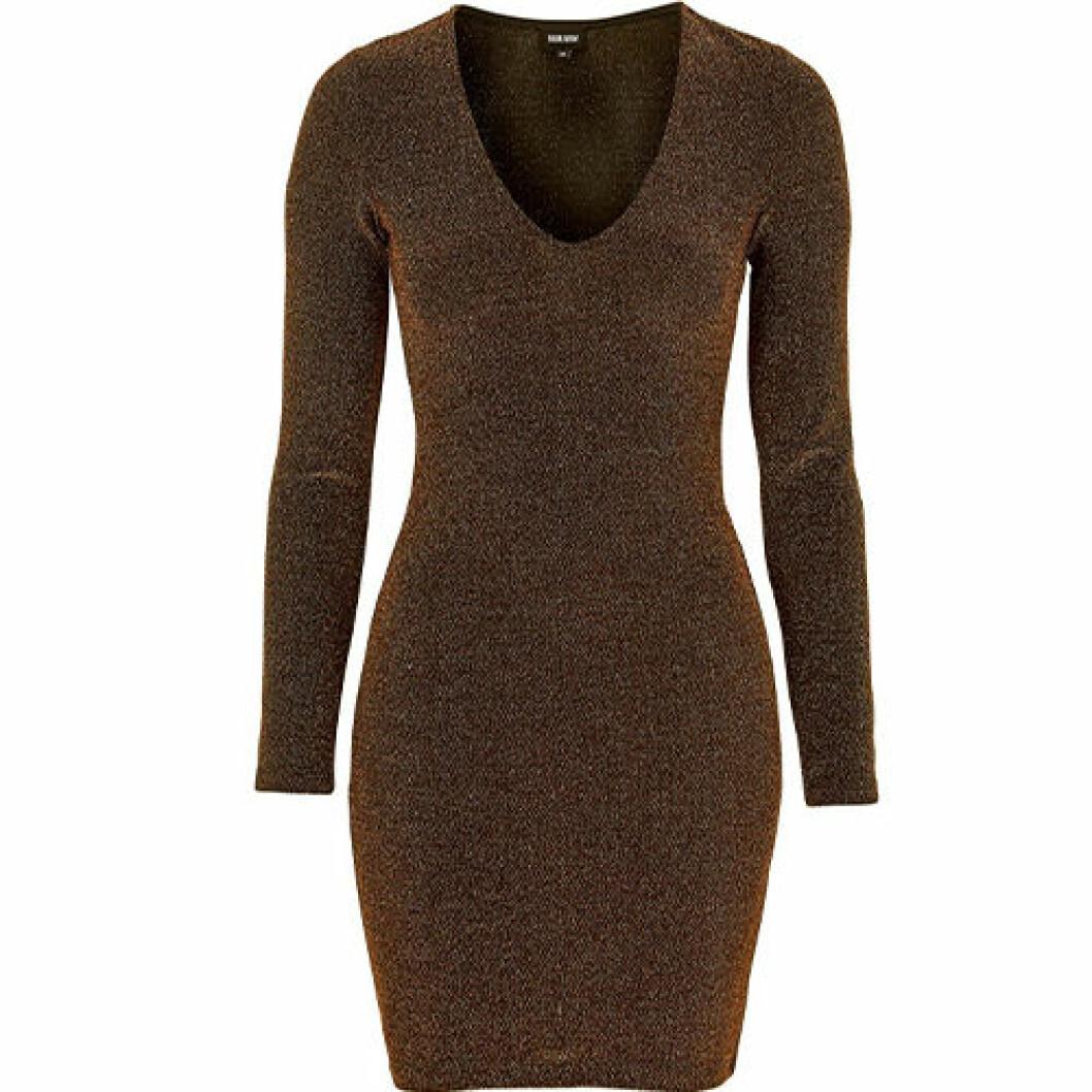 Brun klänning med glitter
