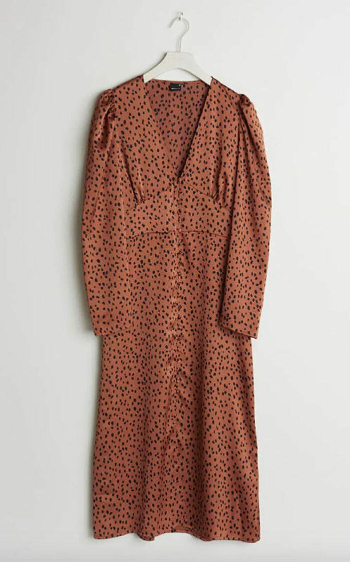 brun-maxiklanning-gina-tricot