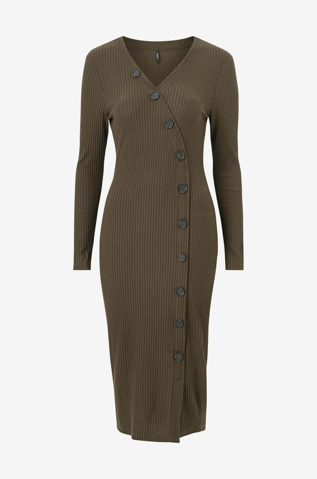 Brun stickad klänning för dam till hösten 2019