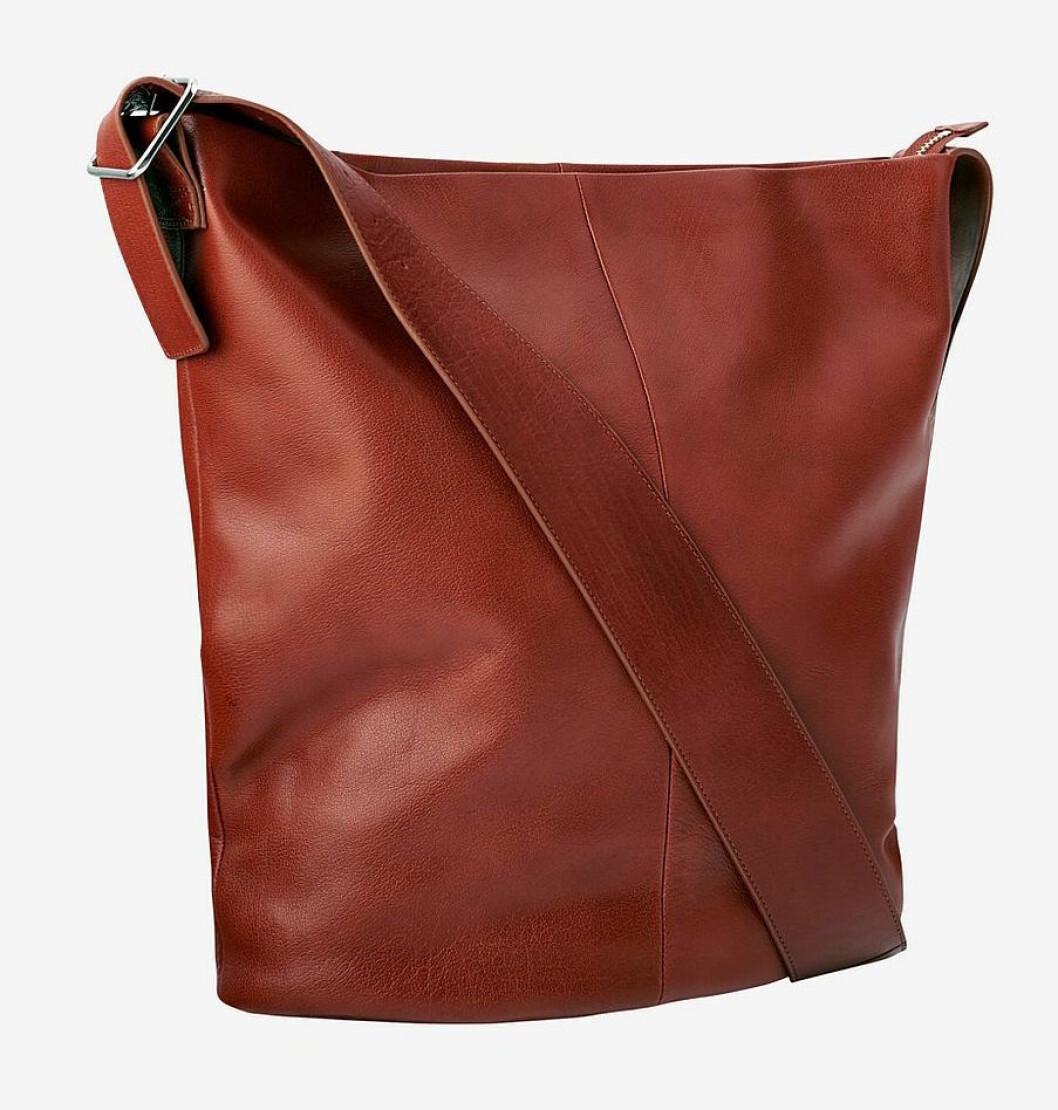 Brun väska till hösten