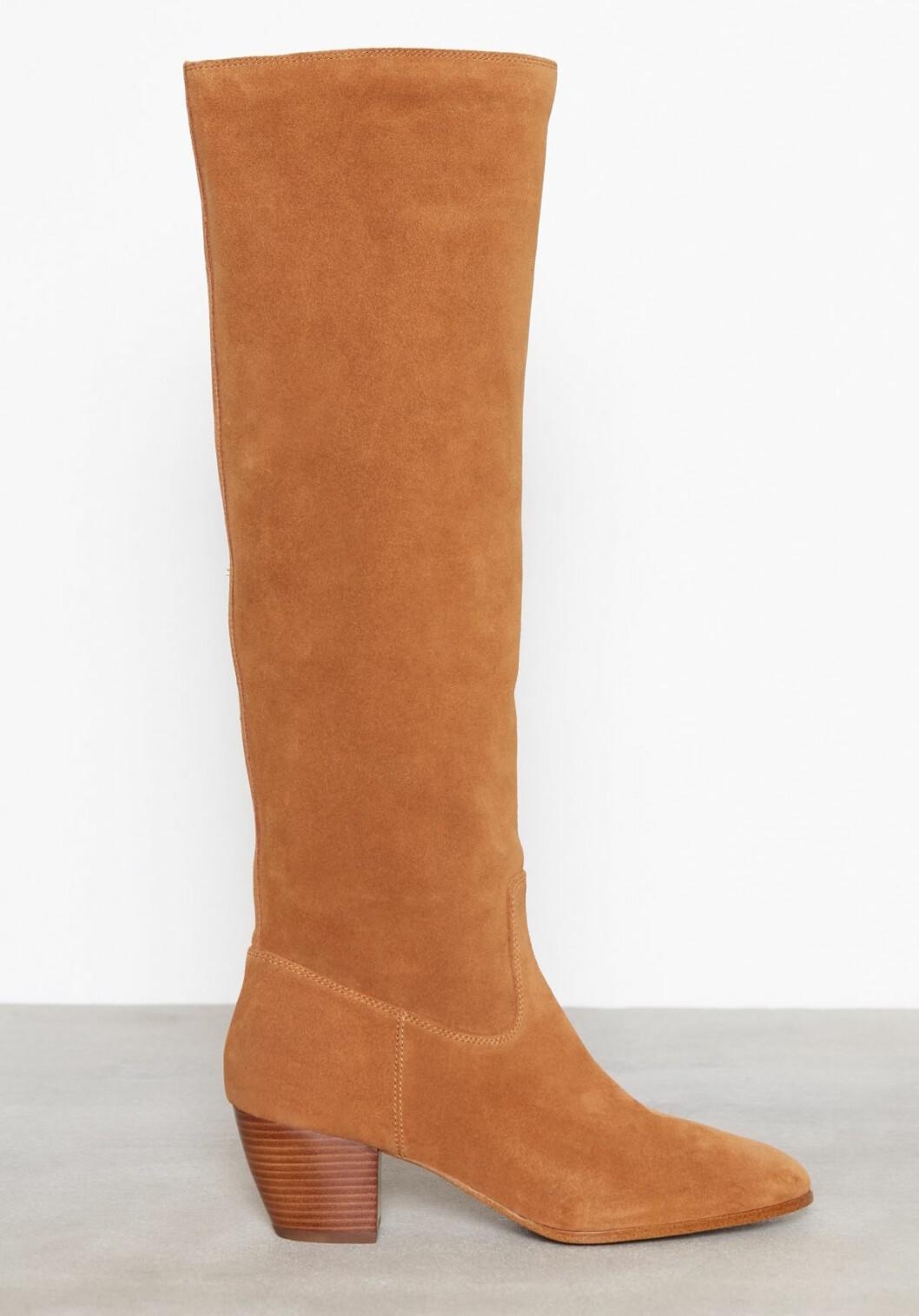 Bruna knähöga boots