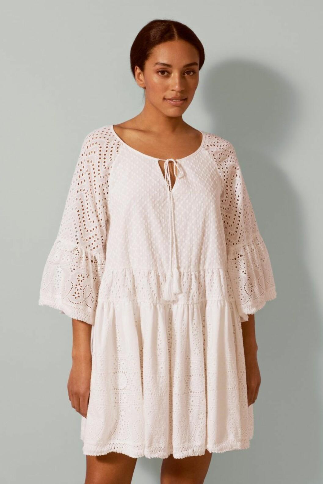 Mini Malina collection 2020: Vit klänning för dam