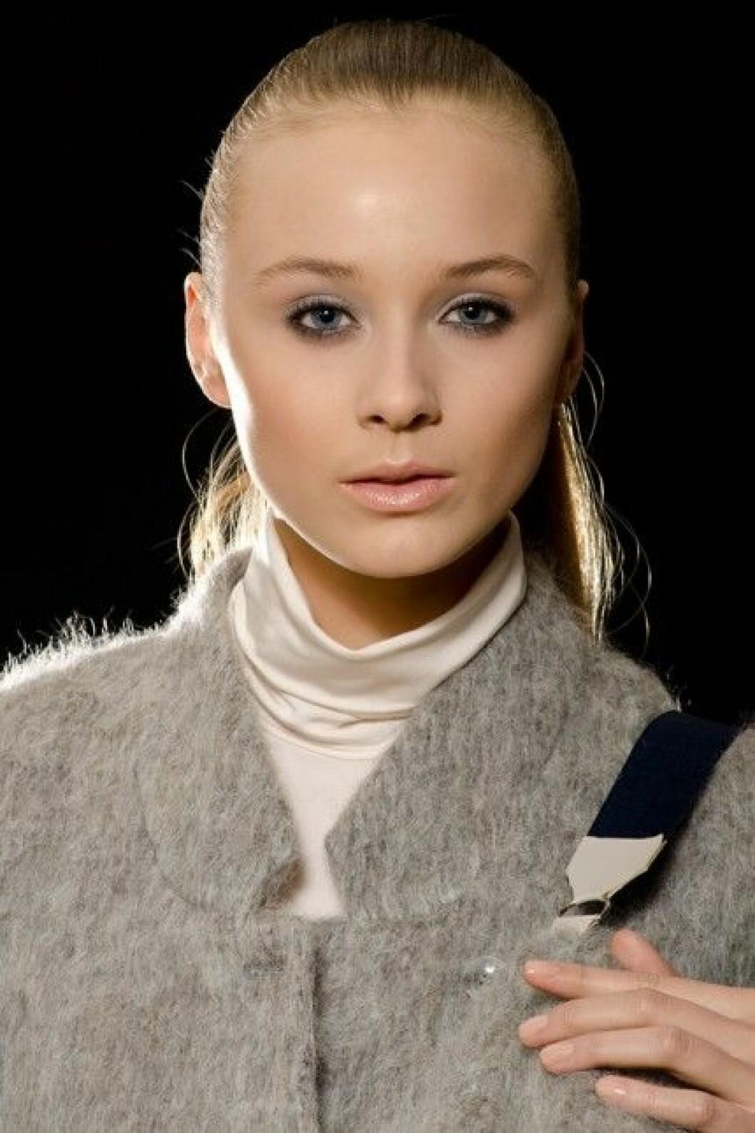 Carin Wester, A/W 2012. Modell: Matilda Bakke/Stockholmsgruppen